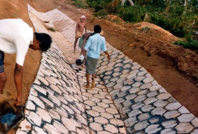 Chapter 9 - A9 56 Precast hexagonal slab lining, Sri Lanka